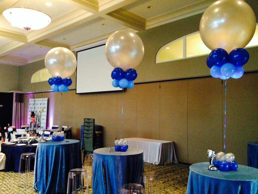 Big round silver balloon with dark and light blue latex balloon for graduation party